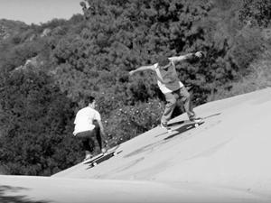 滑手 ELIJAH BERLE & TONY ALVA