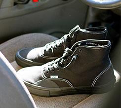 Vans 联手 Hockey 推出 Andrew Allen 职业滑板联名鞋服系列